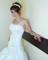 Wedding dress 631040814